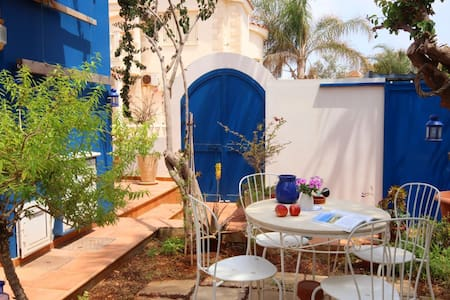 Seaside Paradise Villa, sleeps 6 - Ayia Napa