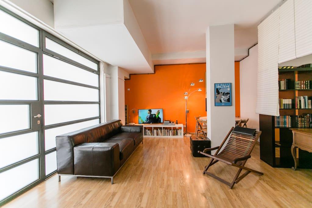studio loft barcelona activa lofts louer barcelone catalunya espagne. Black Bedroom Furniture Sets. Home Design Ideas
