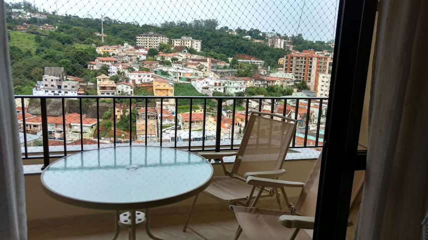 Apartamento centro vista formidável - Serra Negra - Apartamento