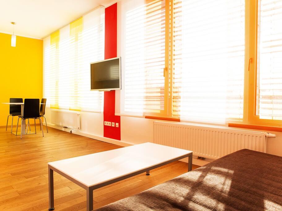Central new design apartment feuer vienna for Designer apartment vienna
