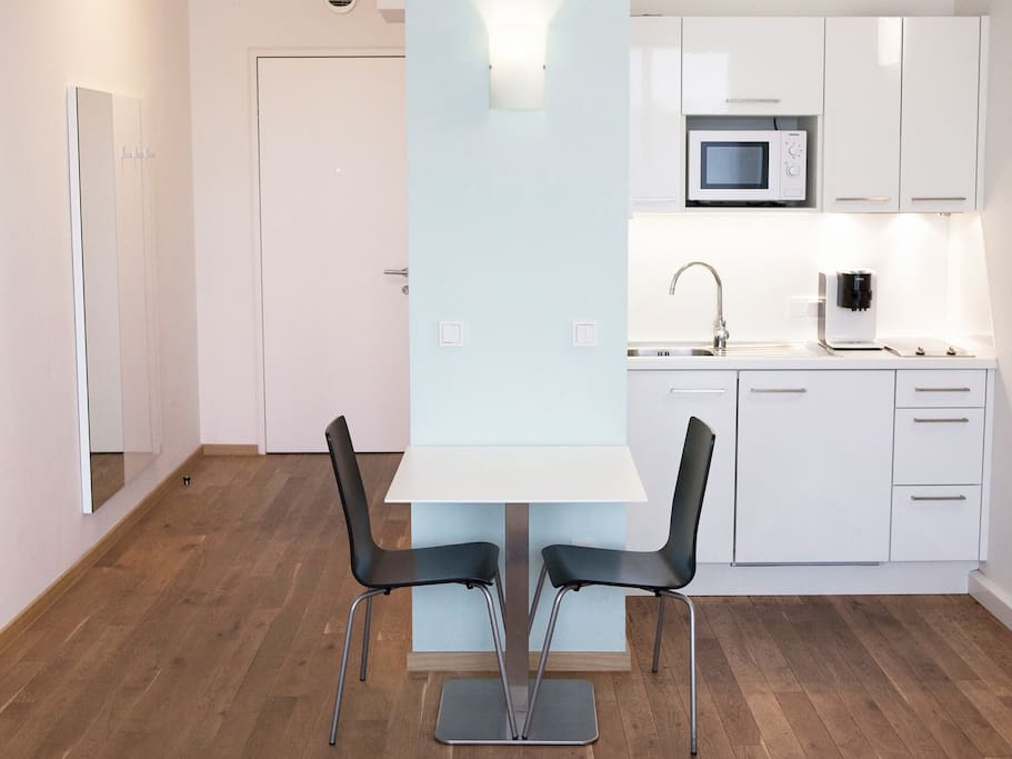 Central new design apartment luft apartments for rent in for Designer apartment vienna