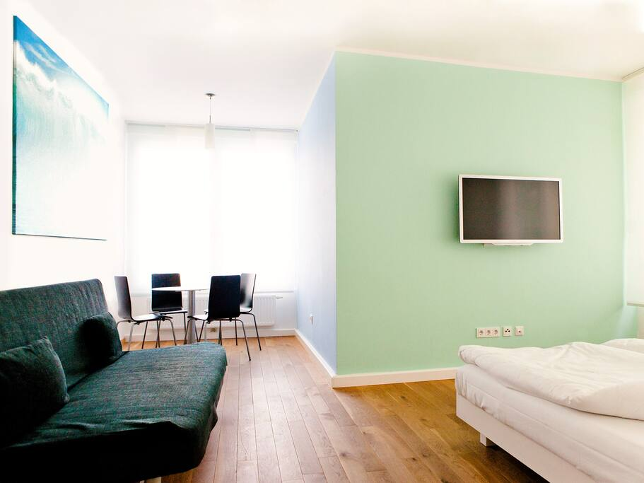 Central new design apartment wasser apartments for rent for Designer apartment vienna