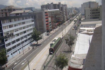 CLUB CASA GRANDE, CASA DE FANNY - Quito - Bed & Breakfast