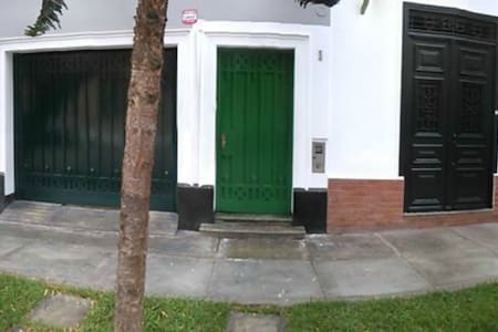 Bed & Breakfast, Shared Room 4 Beds - Barranco