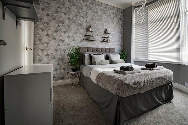 Haddon House - Workstays Company UK