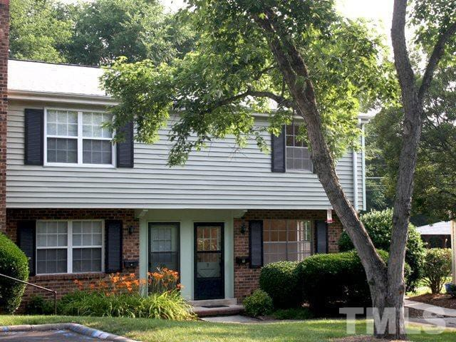 Luxury 2 Bedroom 1.5 Bath; Near UNC-Chapel Hill!