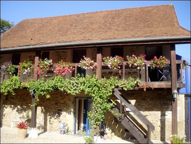 ALIGOTE FARMHOUSE BARN APARTMENT - Dracy-lès-Couches - Apartamento