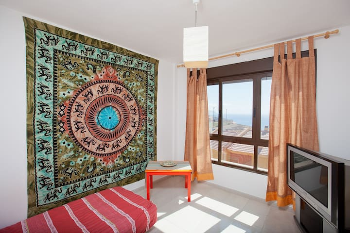 Room 2 in Santa Cruz  - Sea Views - Santa Creu de Tenerife