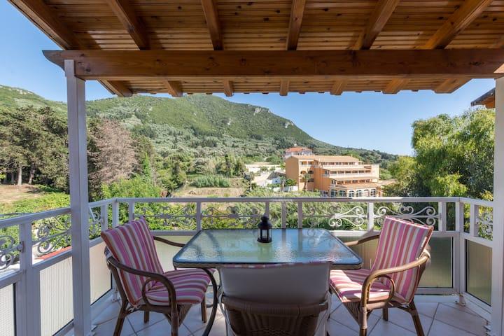 Vassilis summer house