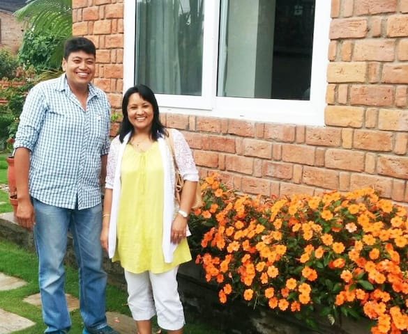 Prakash and Pramila, your hosts at Dhakwha House and the best cooks in town!