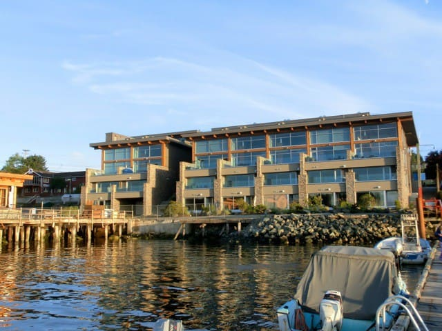 Tofino luxury waterfront loft condo