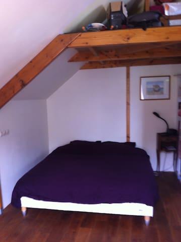Maison individuelle avec étage - Plobannalec-Lesconil - Hus