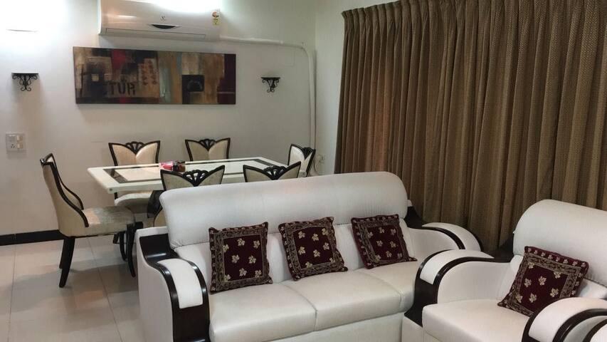 Beautifully done 3 BHK Service apartment in bandra near bkc
