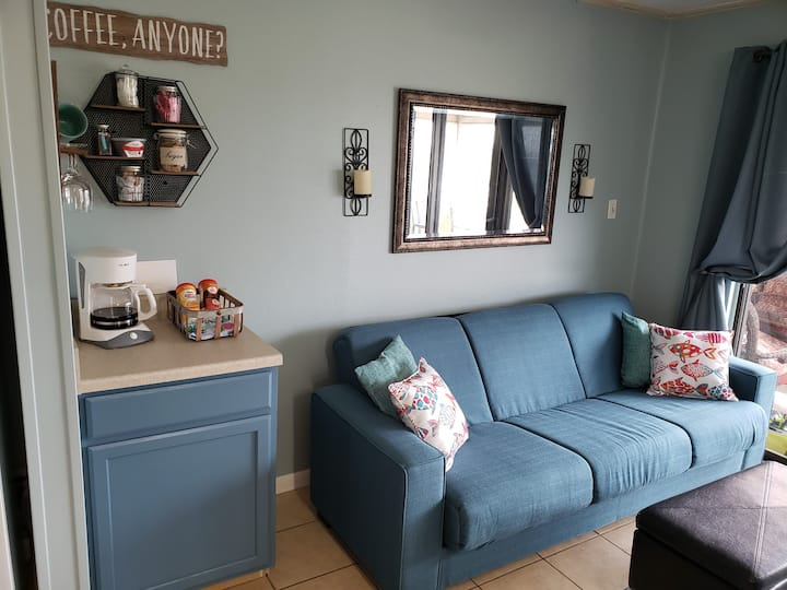 Ultra Comfortable Beachfront NOW Discount Pricing!
