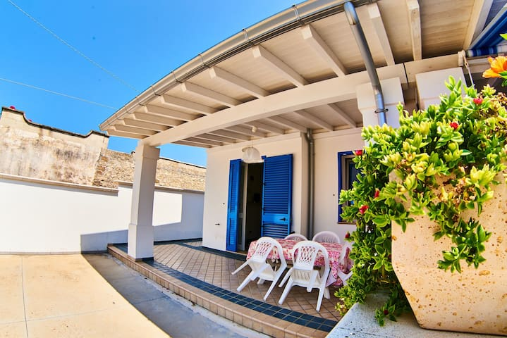 With seaview and garden - Apartment del Conte