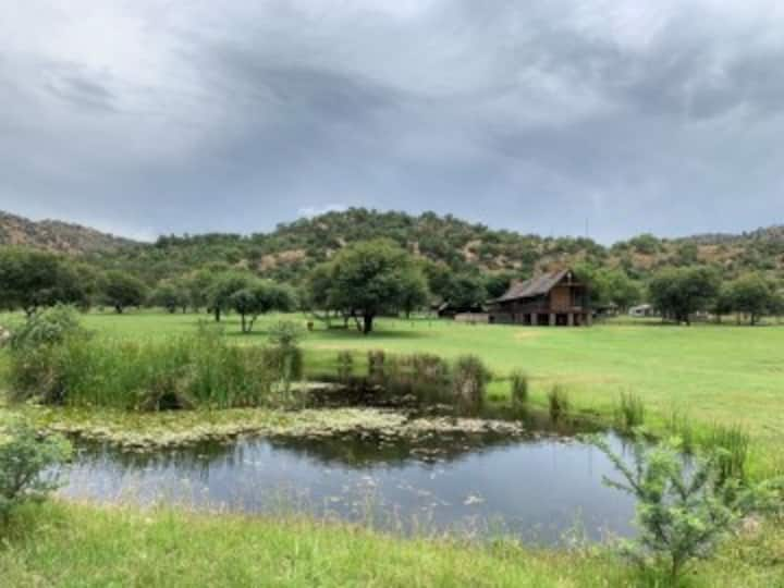 Grootkoppe Game Farm: Bush & River Retreat