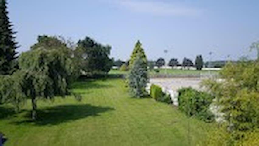 parc sur golf, chambres dans villa proche lille. - Marcq-en-Barœul - Villa