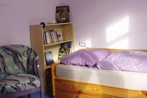 gemütl. Zimmer in modern. Altbau
