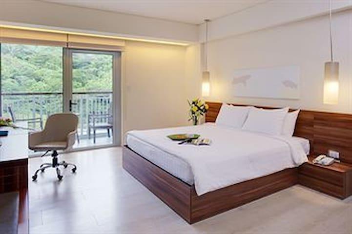 Pico Sands Hotel Penthouse Suite