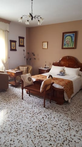 "RURAL ""EL RENGUE""Suite Casabermeja - Casabermeja - Bed & Breakfast"