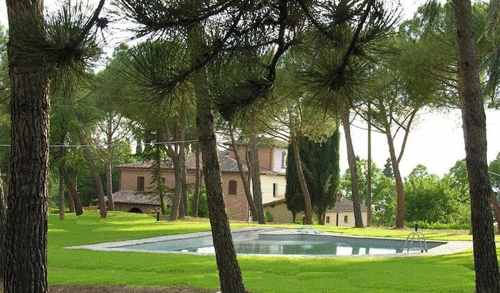 Domus Poggio Sant'Angelo - Luxury Villa in Toscana