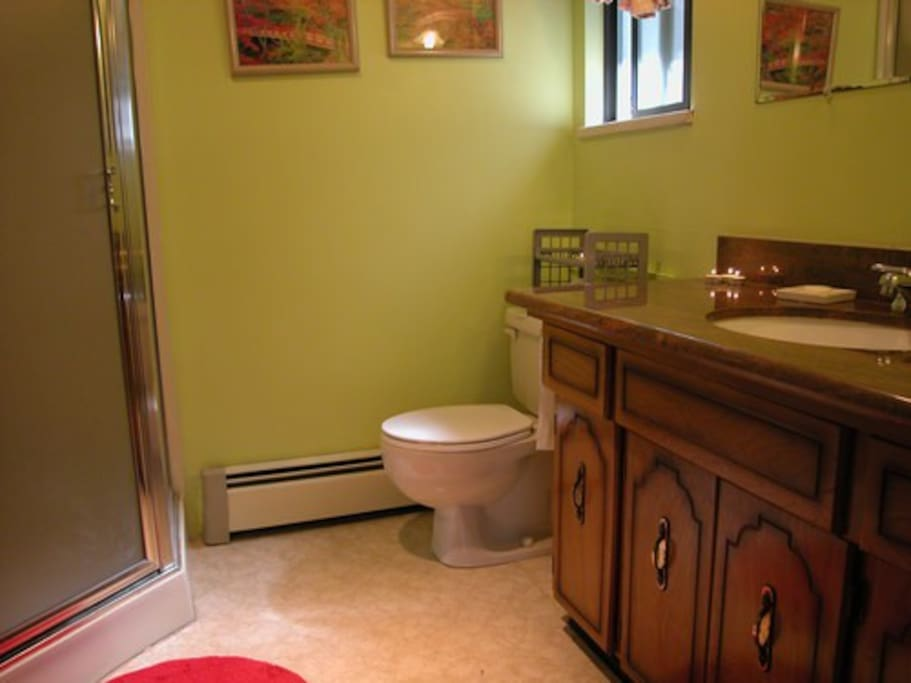 Listed Room's Private Full Bath
