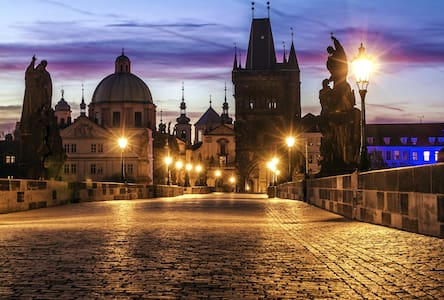 Charles Bridge, Four Seasons Hotel, Parking Avail. - Prague