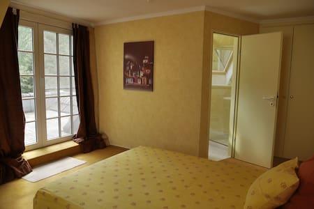 Uelzen: Doppelzimmer in Villa - Rätzlingen - Bed & Breakfast
