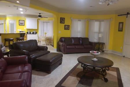 Private Casa Retreat