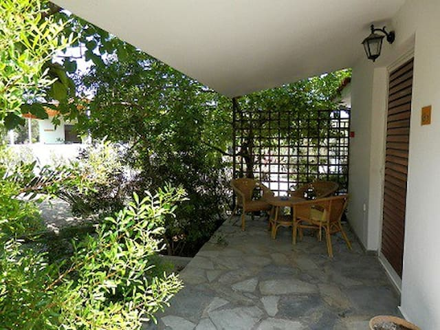 Oasis village Camping Bungalows - Αγία Άννα Εύβοιας - Bungalo