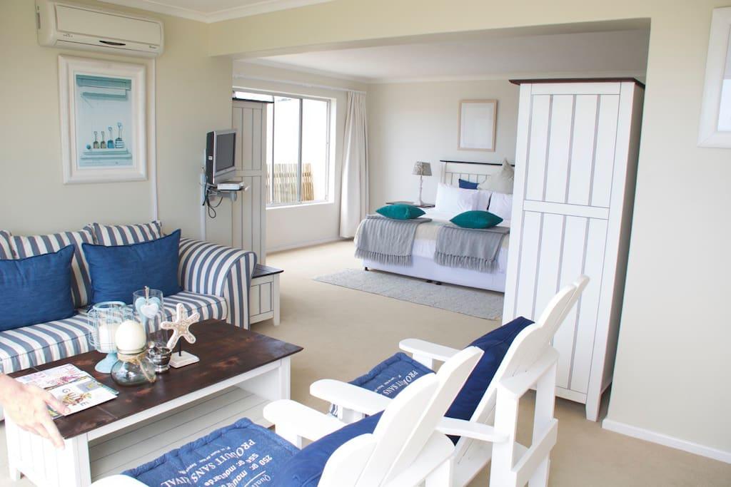 Large Deluxe Room En-suite