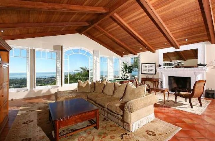 Full ocean views in great room with pool table, fireplace, HD TV surround sound