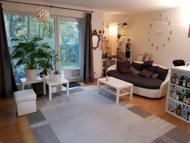 Sehr moderne Wohnung mit Terrasse in Elbstrandnähe