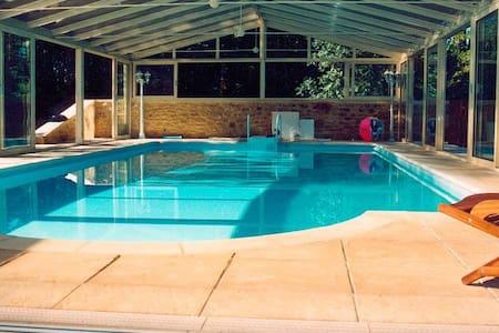 Villa 8pers, piscine, jacuzzi,sauna - Sainte-mondane