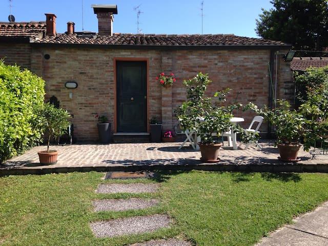 La Casina - Ferrara - Hus