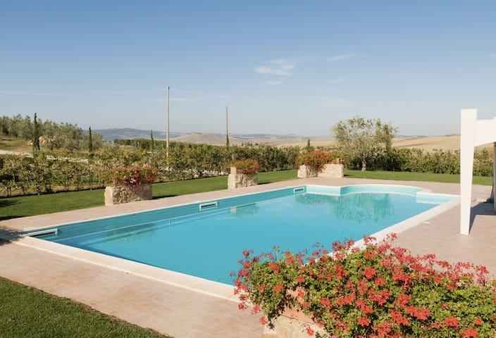 Saint John Villa with Swimming Pool - Pienza - Rumah