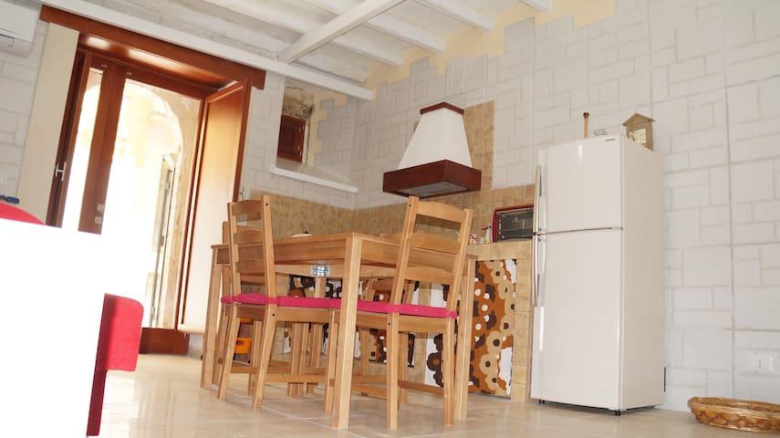 Casa Arietta in Ortigia a 50 m mare