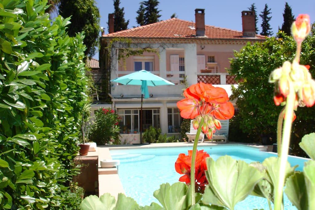 Jolie villa 10 minutes pied du centre ville maisons for Achat maison aix en provence centre ville