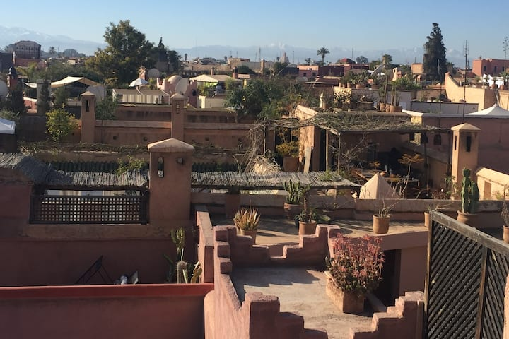 High above the roofs of Marrakech - Terrace room
