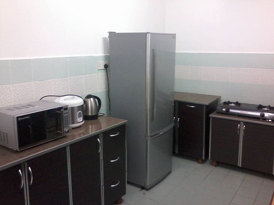 Kitchen, rice cooker, microwave, refrigerator