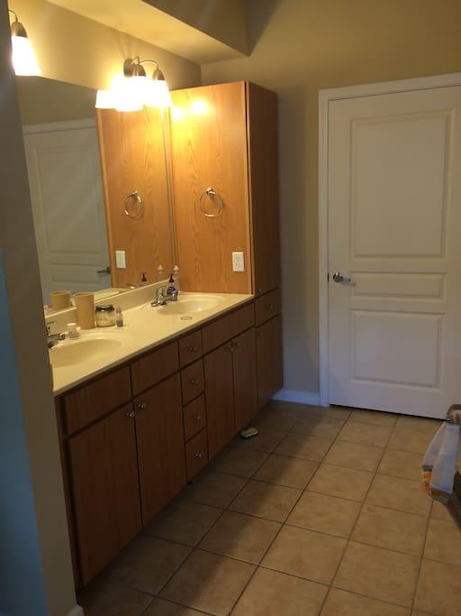 Full bathroom with 2 sinks