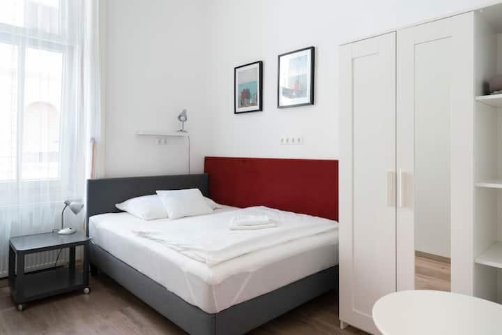 Private room near Corvin Plaza