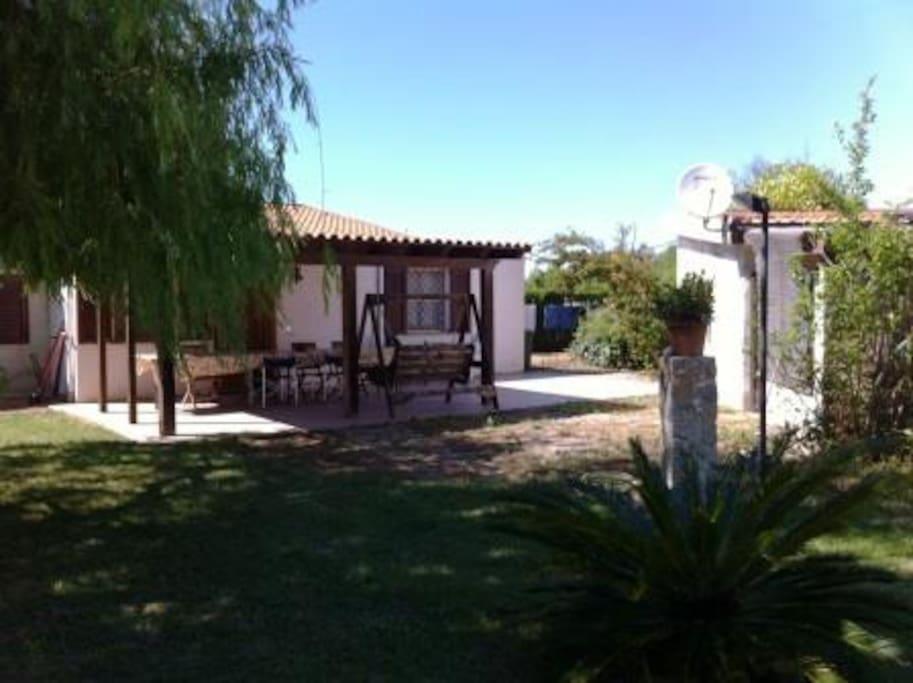 Villa alghero vicino porto ferro case in affitto a for Case affitto sassari non arredate