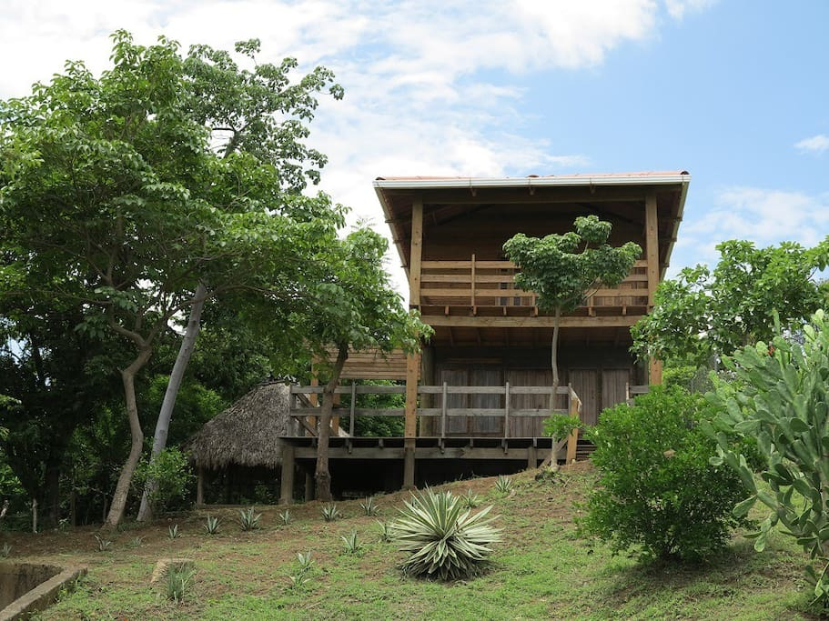 cabane en bois au bord de la mer maisons louer masachapa managua nicaragua. Black Bedroom Furniture Sets. Home Design Ideas