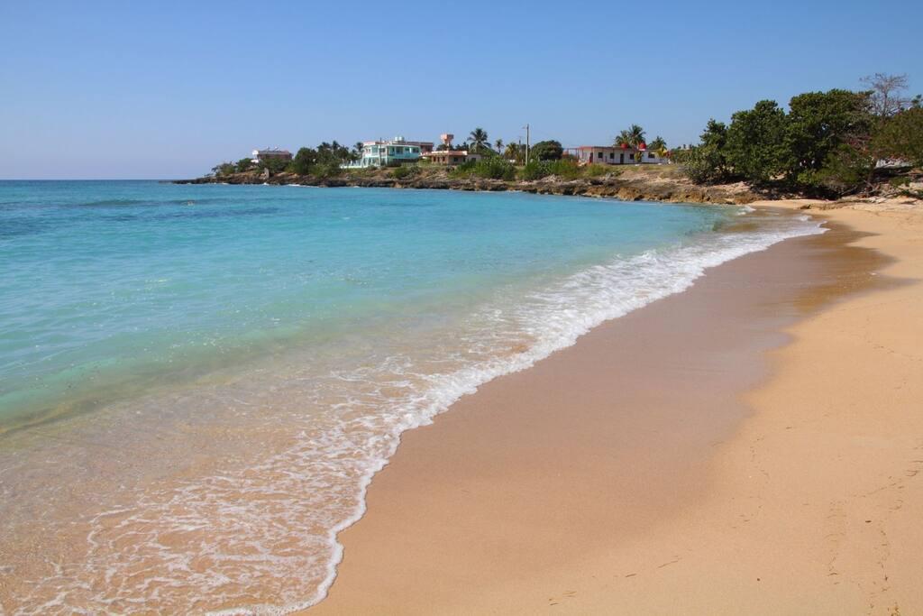 Rancho Luna Beach, Cienfuegos