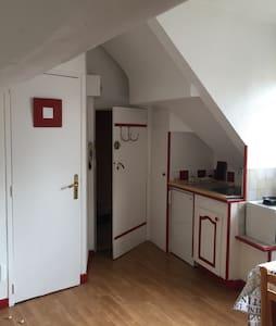 Studio in historic center Of Dijon