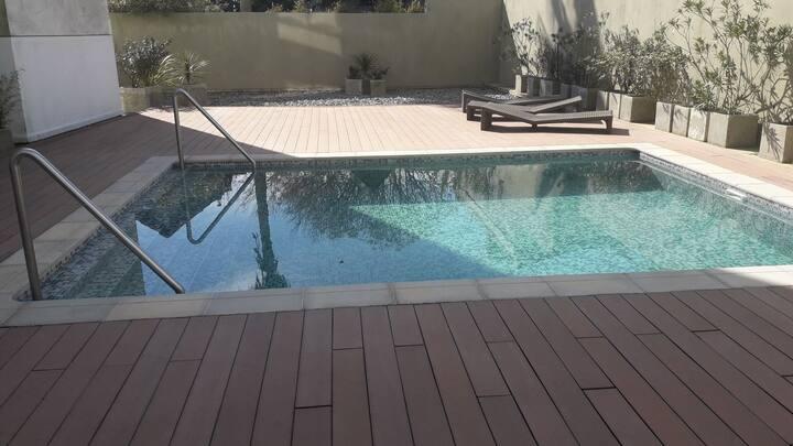 Apto entero en edificio con 2 piscinas