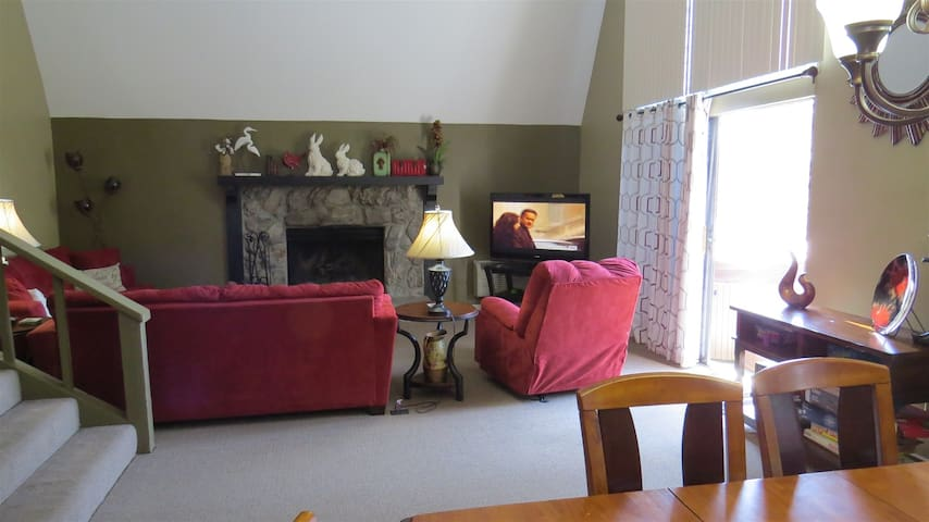 Lakeview Living Room