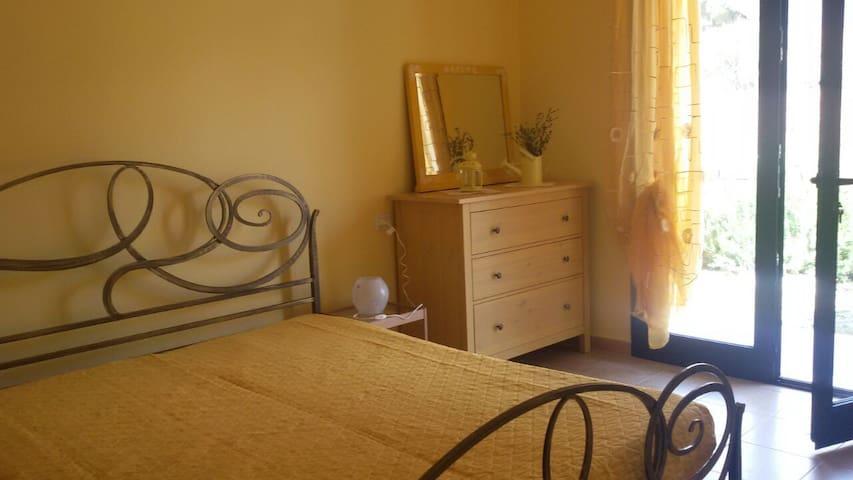 rent room in tuscany , Elba island - Campo nell'Elba - House