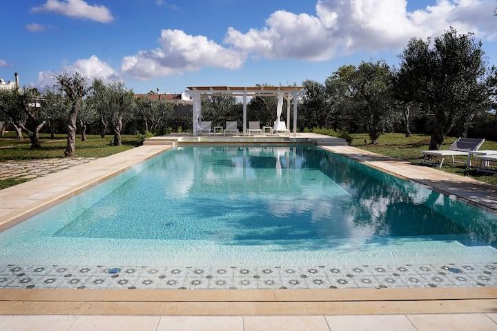 """Relais l'Oliveto -""""Il Nespolo"""" con piscina e wifi"""